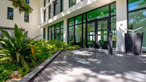 Slip Resistant Entrance Grilles at Ringling College