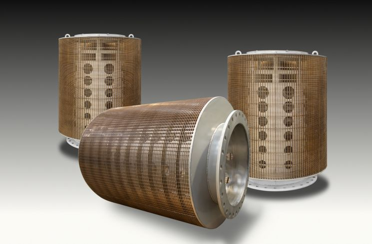 Stainless steel intake drum screen with copper nickel screen material to prevent biofouling on the screen surface.